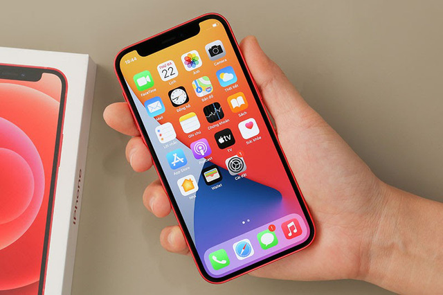iPhone 11, iPhone 12, iPhone XR... đua nhau hạ giá - Ảnh 4.