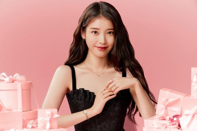 Nữ đại gia BĐS ngầm của giới giải trí Hàn Quốc: 28 tuổi có khối tài sản 28 triệu USD, thầu hàng loạt biệt thự và đất đai đắt đỏ trong thời gian ngắn, nhan sắc cực bất ngờ - Ảnh 1.
