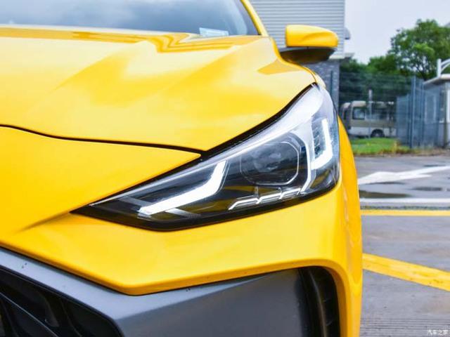 Sedan hạng C nhưng giá hạng B - mẫu ô tô hàng hot này liệu có phá đảo khi về Việt Nam - Ảnh 5.