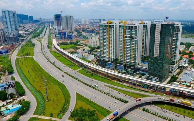 Có 3 tỷ đồng, chọn căn hộ cao cấp vị trí trung tâm hay ngoại ô có không gian sống xanh? - Ảnh 1.