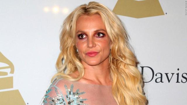 NÓNG: Britney Spears sẽ chính thức giải nghệ, quản lý lâu năm nộp đơn từ chức sau khi bị tố cáo thông đồng bóc lột nữ ca sĩ - Ảnh 1.