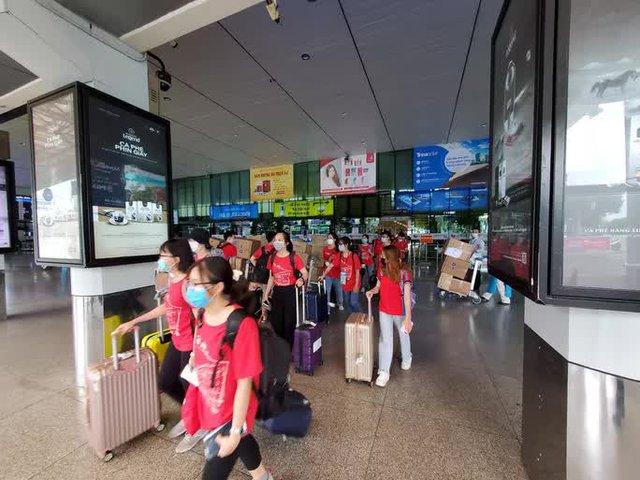 350 cán bộ, sinh viên Đại học Y Hà Nội đến Bình Dương hỗ trợ phòng, chống Covid-19  - Ảnh 1.