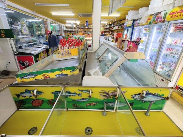 Tôi đi 3 cửa hàng, siêu thị mới mua được thực phẩm trong mùa dịch tại TP.HCM - Ảnh 2.