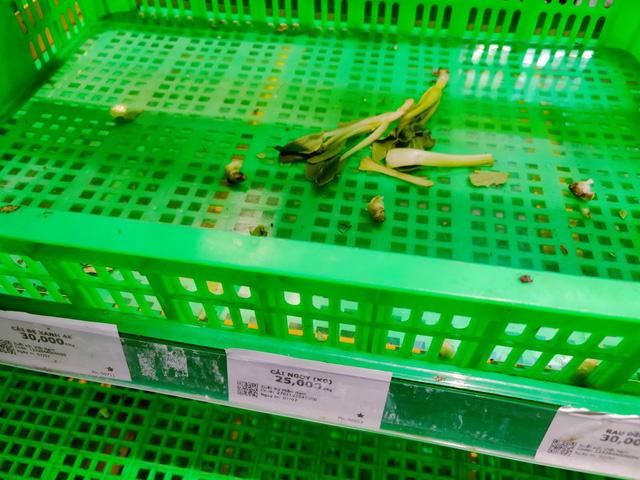 Tôi đi 3 cửa hàng, siêu thị mới mua được thực phẩm trong mùa dịch tại TP.HCM - Ảnh 3.