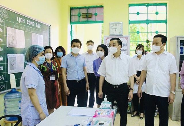 Chủ tịch Hà Nội: Nới lỏng nhưng người dân không thực hiện nghiêm  - Ảnh 1.