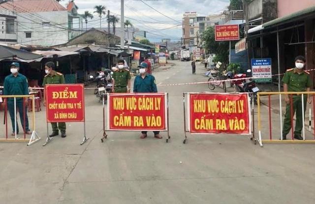 NÓNG: Giãn cách xã hội toàn bộ tỉnh Quảng Ngãi - Ảnh 1.