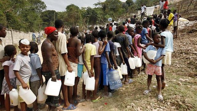 Những bức ảnh gây sốc về Haiti, đất nước có Tổng thống vừa bị ám sát tại nhà riêng - Ảnh 2.