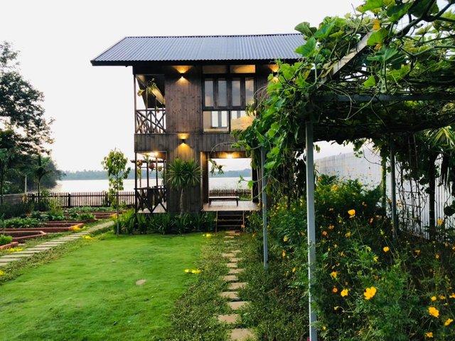 Ngôi nhà bên hồ xanh mướt của 5 người bạn thân ở Buôn Mê Thuột: Quyết biến điều phù phiếm thành giá trị, xây dựng một nơi chốn đi về, cùng thưởng thức cuộc sống - Ảnh 7.