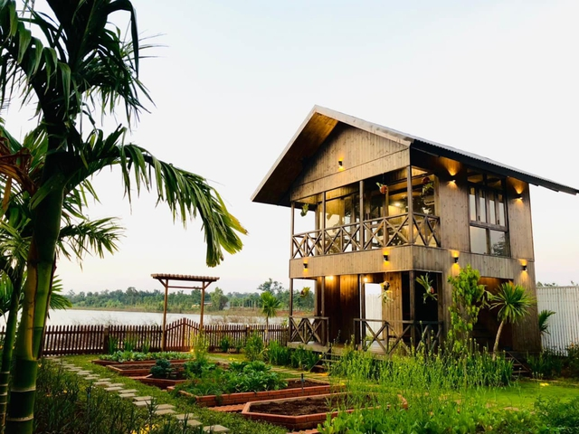 Ngôi nhà bên hồ xanh mướt của 5 người bạn thân ở Buôn Mê Thuột: Quyết biến điều phù phiếm thành giá trị, xây dựng một nơi chốn đi về, cùng thưởng thức cuộc sống - Ảnh 20.