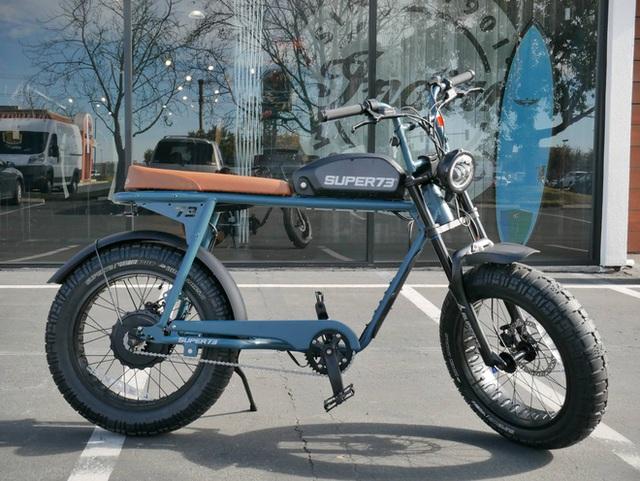 Chiếc xe đạp điện đón tuổi 27 của Sơn Tùng M-TP có gì đặc biệt mà đắt gấp 4 lần xe máy điện VinFast? - Ảnh 11.