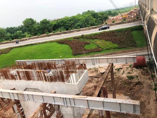 Hiện trạng cầu Vĩnh Tuy 2 sau 6 tháng khởi công - Ảnh 12.