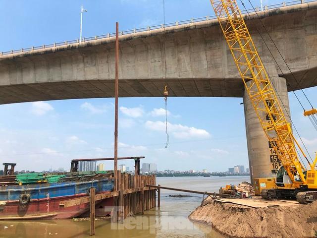 Hiện trạng cầu Vĩnh Tuy 2 sau 6 tháng khởi công - Ảnh 5.
