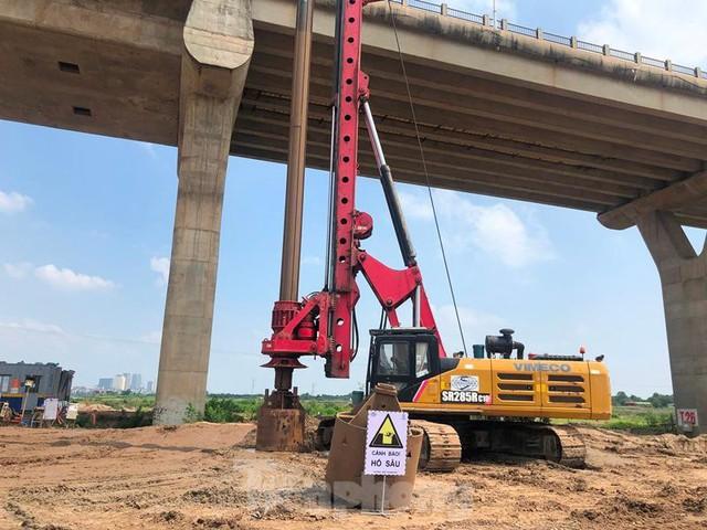Hiện trạng cầu Vĩnh Tuy 2 sau 6 tháng khởi công - Ảnh 6.