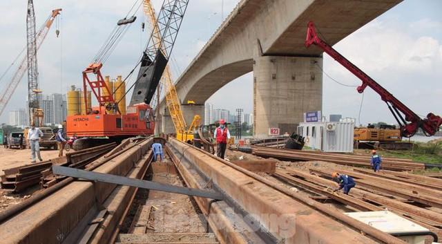 Hiện trạng cầu Vĩnh Tuy 2 sau 6 tháng khởi công - Ảnh 7.