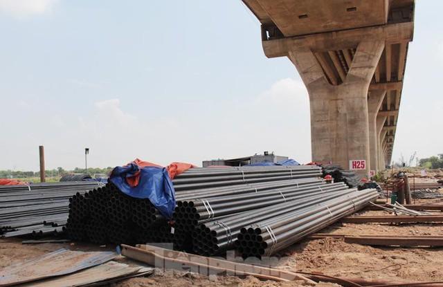Hiện trạng cầu Vĩnh Tuy 2 sau 6 tháng khởi công - Ảnh 8.