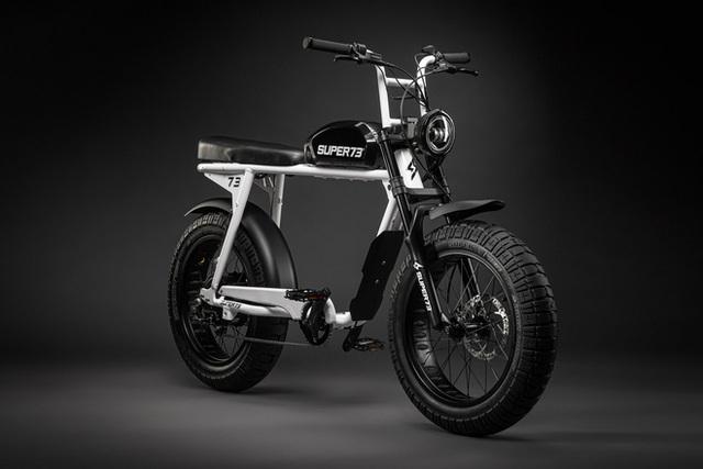 Chiếc xe đạp điện đón tuổi 27 của Sơn Tùng M-TP có gì đặc biệt mà đắt gấp 4 lần xe máy điện VinFast? - Ảnh 10.