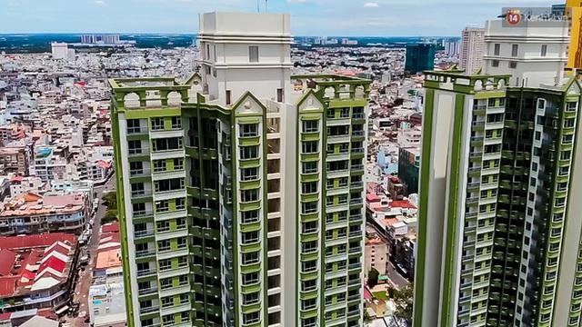 Ảnh: Cận cảnh toà nhà Thuận Kiều Plaza, nơi chuẩn bị được trưng dụng làm bệnh viện dã chiến điều trị Covid-19 - Ảnh 3.