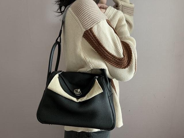 Chi cả trăm triệu VNĐ cũng chưa đủ điều kiện để mua túi Hermès: Giới nhà giàu Trung Quốc bất mãn vì bị các thương hiệu xa xỉ coi như cỗ máy in tiền - Ảnh 2.