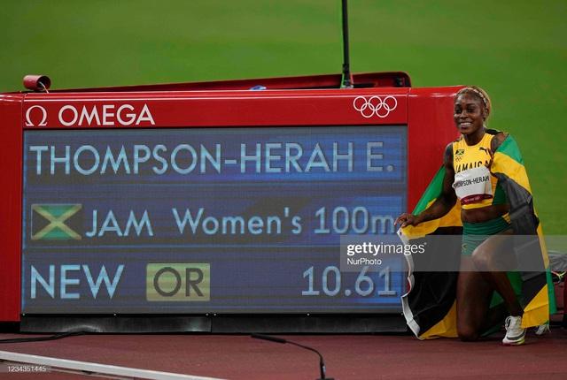 Nữ hoàng tốc độ Jamaica lấy bình luận tiêu cực làm năng lượng, phá kỷ lục 33 năm của điền kinh Olympic - Ảnh 1.