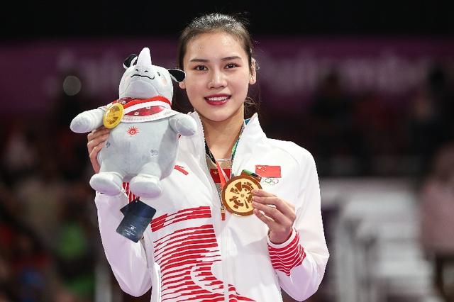 Khoảnh khắc chấn thương của nữ thần TDDC Trung Quốc bất ngờ gây sốt và kết cục đáng tự hào ở Olympic Tokyo 2020 - Ảnh 1.