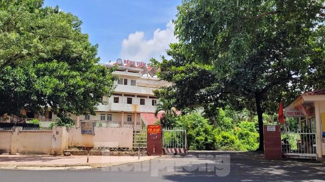 Cận cảnh loạt trụ sở đất vàng được bán đấu giá ở Đắk Lắk - Ảnh 5.