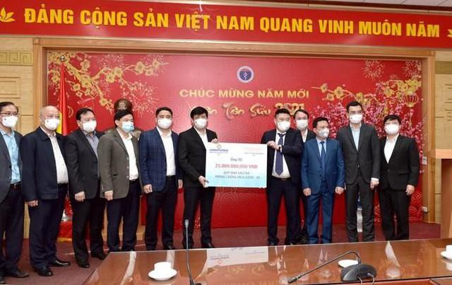 Tập đoàn Thái Holdings của bầu Thuỵ ủng hộ 100 tỷ đồng mua thuốc chữa Covid - Ảnh 1.