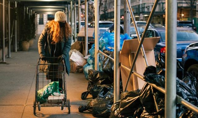 Nổi tiếng vì chuyên bới rác để tìm đồ ăn, cô gái lột trần sự thật về sự lãng phí của các chuỗi cửa hàng nổi tiếng - Ảnh 7.