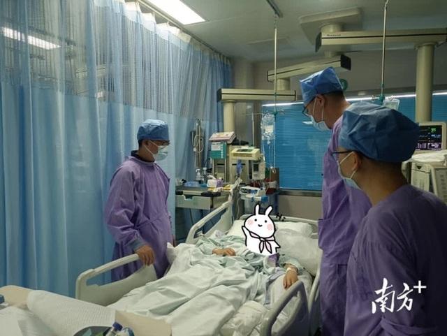 Người phụ nữ 29 tuổi trở về từ cõi chết sau 72 tiếng cấp cứu vì suy đa tạng, bác sĩ chỉ ra nguyên nhân là 1 căn bệnh ngày càng nhiều người trẻ mắc phải - Ảnh 1.