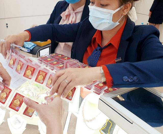 Doanh nghiệp đã xuất khẩu hàng tấn vàng trang sức - Ảnh 1.