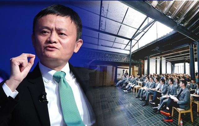 Bí ẩn bên trong trường doanh nhân toàn tinh hoa Jack Ma từng làm hiệu trưởng: Tỷ lệ trúng tuyển còn cao hơn Harvard, phỏng vấn siêu hack não, có cả bài tập về nhà - Ảnh 12.