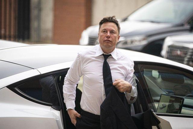 Tranh cãi 3 bên chuyện Elon Musk muốn làm CEO Apple khiến Tim Cook tức giận phải chửi tục - Ảnh 1.