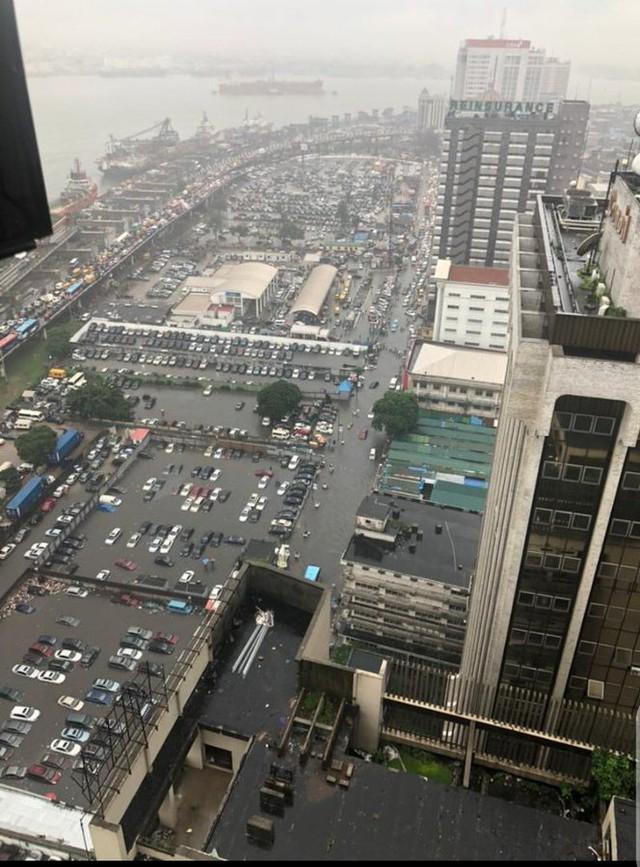 Thành phố 24 triệu dân này đang trên đà bị nhấn chìm, nguy cơ trở thành đô thị ma - Ảnh 1.