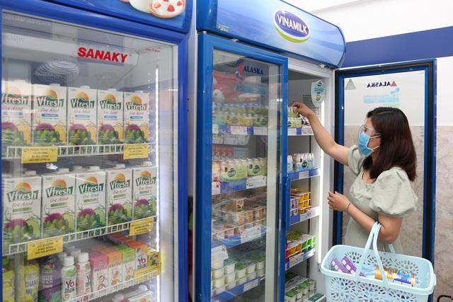 San sẻ khó khăn mùa dịch, Vinamilk hỗ trợ sản phẩm dinh dưỡng thiết yếu nhằm trợ giá người tiêu dùng lên đến gần 170 tỷ đồng - Ảnh 1.