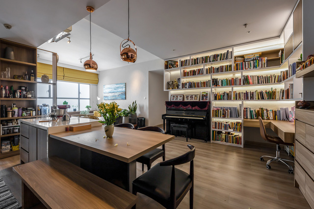 """Không gian căn hộ 99m2 thoáng đãng, rất chill của gia đình thích đọc sách, yêu âm nhạc sau khi được KTS khuyên: """"Thiết kế không gian sống cần lâu dài, đừng ở tạm bợ như ăn ổ bánh mỳ, uống ly sữa"""" - Ảnh 8."""