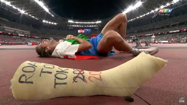 Lãng tử Italy vô địch nhảy cao Olympic Tokyo cùng linh vật đặc biệt - biểu tượng của sự vươn lên từ tro tàn - Ảnh 11.