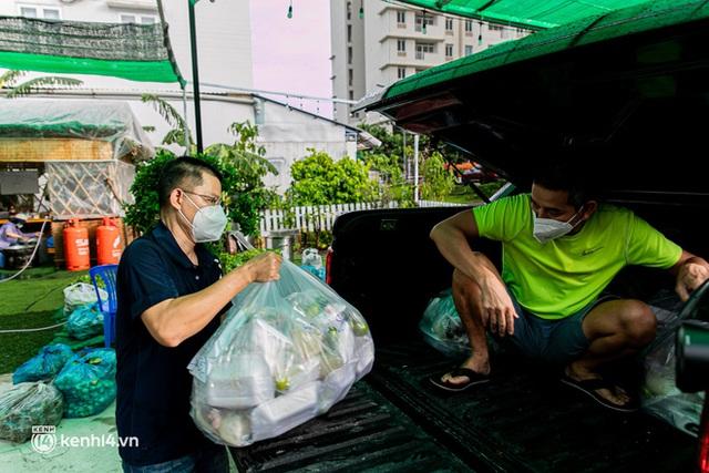 Chuyện cư dân chung cư ở Sài Gòn nấu hàng trăm suất ăn mỗi ngày tiếp sức các Bệnh viện dã chiến: Những người tham gia phải có xét nghiệm âm tính - Ảnh 19.