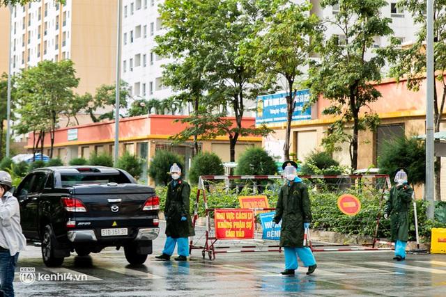 Chuyện cư dân chung cư ở Sài Gòn nấu hàng trăm suất ăn mỗi ngày tiếp sức các Bệnh viện dã chiến: Những người tham gia phải có xét nghiệm âm tính - Ảnh 20.