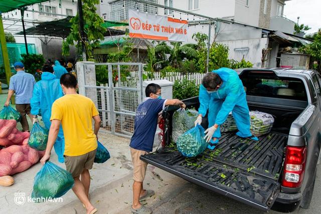 Chuyện cư dân chung cư ở Sài Gòn nấu hàng trăm suất ăn mỗi ngày tiếp sức các Bệnh viện dã chiến: Những người tham gia phải có xét nghiệm âm tính - Ảnh 4.