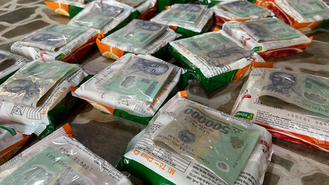 Danh tính người đàn ông tặng 500k giấu trong ổ bánh mì: Đã trao đi gần 2 tỷ, tiết lộ lý do không trực tiếp đưa tiền - Ảnh 3.