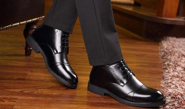"""Đọc vị phẩm chất của người đàn ông: Phong cách lựa chọn giày """"lột trần"""" tính cách tiềm ẩn của họ - Ảnh 2."""