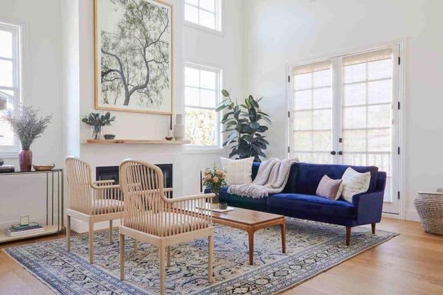 Các nhà thiết kế nội thất chỉ ra những lỗi thiết kế phổ biến mà nhiều gia đình mắc phải, gây mất thẩm mỹ cho không gian sống - Ảnh 2.
