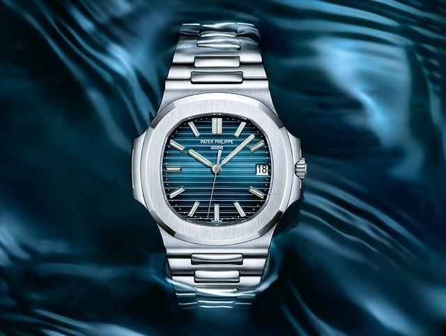Giải mã bí mật của sự xa xỉ: đồng hồ Patek Philippe có gì mà giới nhà giàu lại khao khát sở hữu đến vậy ? - Ảnh 2.