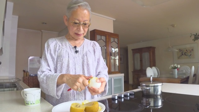 Khám phá bí quyết duy trì sức khỏe và vóc dáng của cụ bà Hàn Quốc gần 70 tuổi sở hữu 800.000 followers trên YouTube - Ảnh 12.