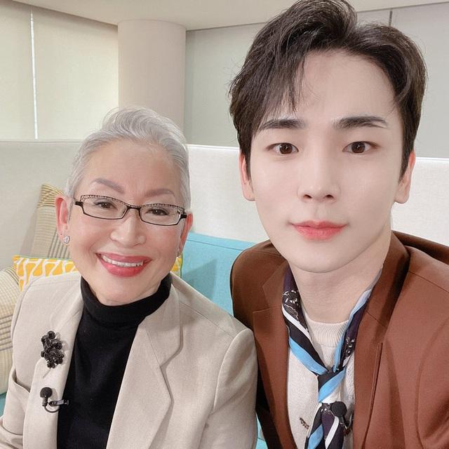 Khám phá bí quyết duy trì sức khỏe và vóc dáng của cụ bà Hàn Quốc gần 70 tuổi sở hữu 800.000 followers trên YouTube - Ảnh 4.