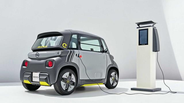 Khám phá mẫu ô tô điện giá dự kiến 150 triệu rẻ ngang Honda SH 150i,  gây bão với thiết kế độc lạ - Ảnh 3.