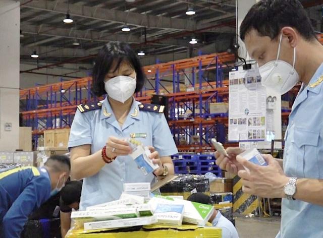 Thuốc Arbidol được quảng cáo điều trị Covid-19 nhập khẩu trái phép từ Nga về Việt Nam - Ảnh 1.
