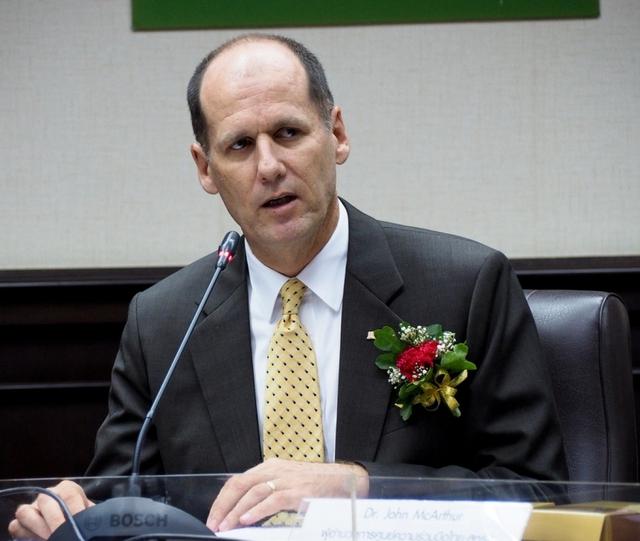 """Giám đốc CDC Mỹ: """"Việt Nam vàMỹ sẽ thúc đẩyquan hệchiến lượcvềan ninh y tế - Ảnh 1."""
