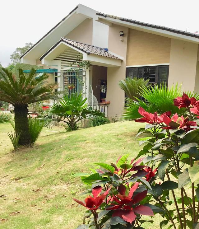 Nhà vườn 5.000m2 tuyệt đẹp ở ven đô Hà Nội: Không gian sống đơn giản, gần gũi với thiên nhiên nhưng mất ít công chăm sóc, để nhà thực sự là nơi nghỉ ngơi, thư giãn - Ảnh 1.