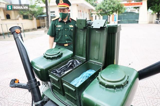 Chỉ Việt Nam mới có: Chế Honda Dream thành xe phun khử khuẩn lưu động, công suất tương đương sức 100 người - Ảnh 3.