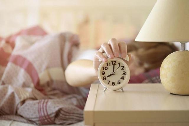Cụ bà 103 tuổi đã 60 năm chưa từng mất ngủ, phương pháp ngủ ngon của cụ rất đơn giản - Ảnh 4.